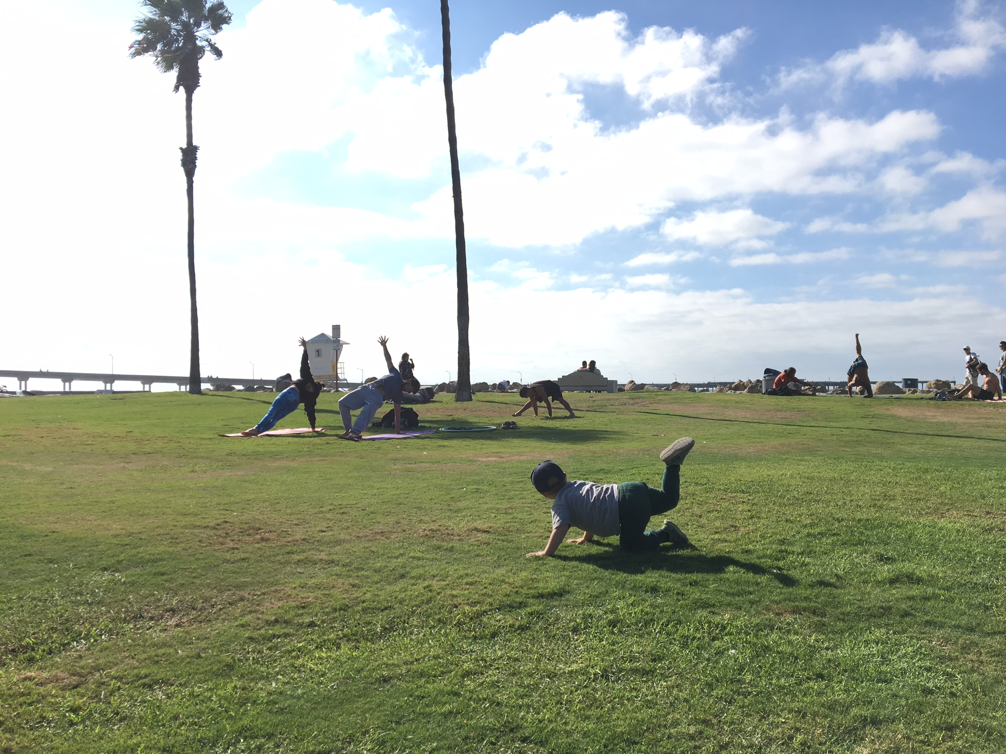 yoga in the park at ocean beach california