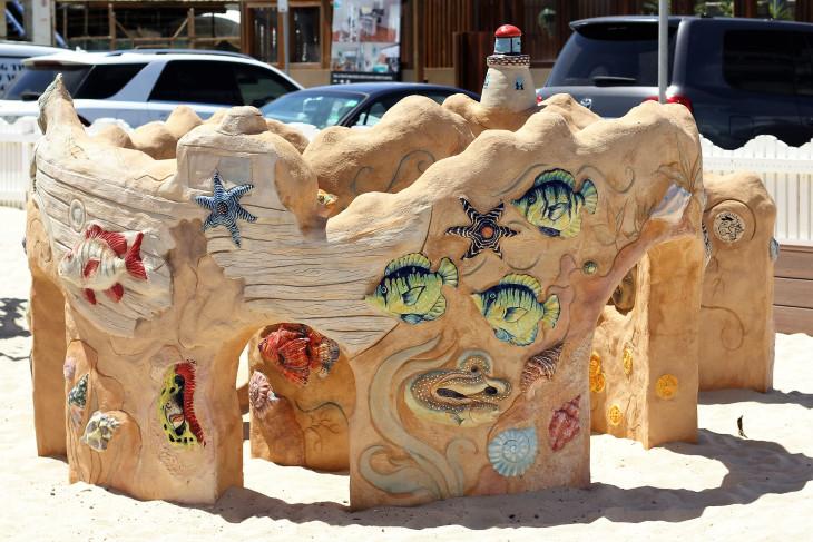carrum beach and playground climbing toys