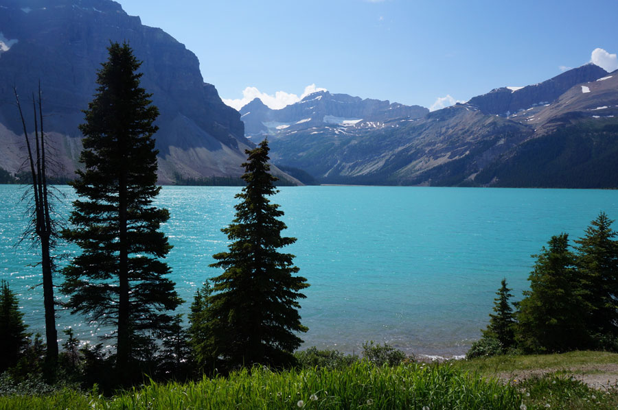 banff alberta turquoise lake rocky mountains in summer