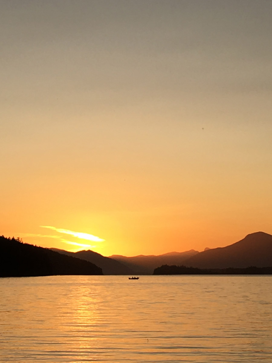 spring beach sunset on cowichan lake vancouver island