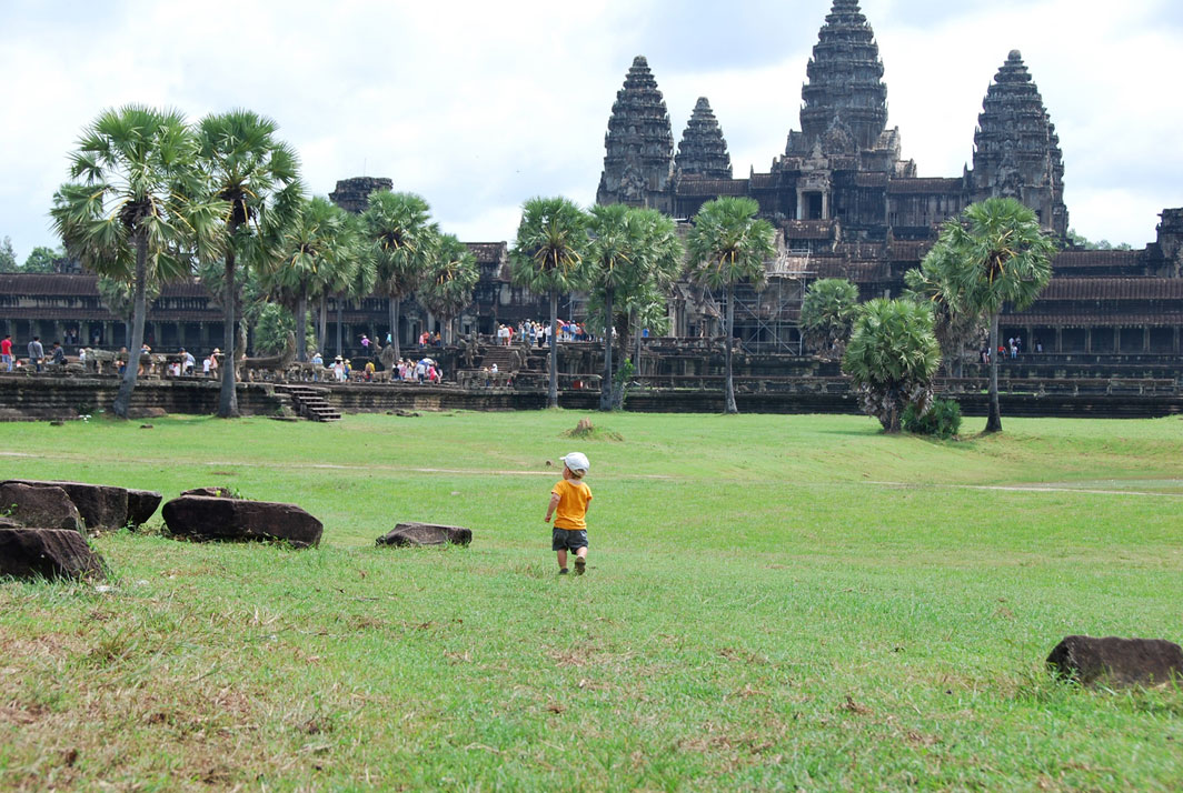 toddler angkor wat temple cambodia family travel